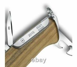 0.9551. J15 Victorinox Swiss Army Knife Rangerwood Damast Limited Edition 2015