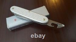 2008 Victorinox 93mm, model 1961 Alox soldier Swiss Army Knife