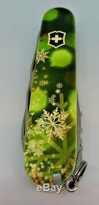 2018 Special Limited Edition Snowflake Green Climber Victorinox Swiss Army Knife
