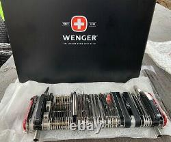 Giant Wenger Swiss Army Knife 16990 Brand New In Box