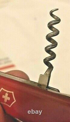 NrMT+ Victorinox VICTORIA STANDARD w Closed Bail 1968 Issued Swiss Army Knife