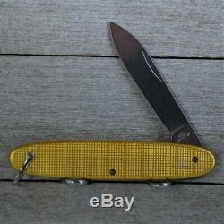 RARE! Victorinox Unnamed 2071 G Alox Sentry with Shacke 1960s Swiss Army Knife