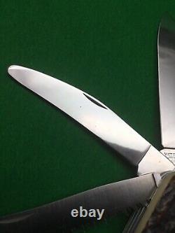 Swiss Army Knife 108 mm Victorinox Stag Hunter (imitation Horn) Safari Series