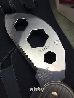 Swiss Army Knife Wenger Titanium 1