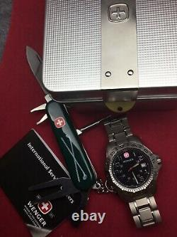 Swiss Army mens watch WENGER ALL TITANIUM and Wenger Knife