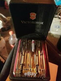 Used victorinox swiss army knife SwissChamp XAVT 1.6795