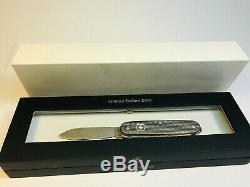 VICTORINOX Damast 2016, neu, OVP, 0.8231. J16 Swiss Army Alox Damascus knife