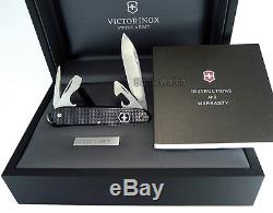 VICTORINOX SWISS ARMY MEN OFFICER DAY-DATE 40mm WATCH & KNIFE GIFT SET 241550.2