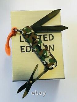 Victorinox Black Ice Swiss Army Classic Sd Knife Limited Edition Nib (160/196)