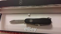 Victorinox Damascus 2011 Brand New Number 3170 Of 4000 Swiss Army Knife Rare