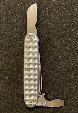 Victorinox Old Cross Electrician Swiss Army Knife All Silver Alox NOS