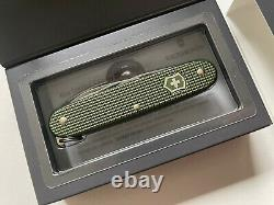 Victorinox Pioneer Swiss Army Knife Limited Edition Alox Olive 2017 0.8201. L17