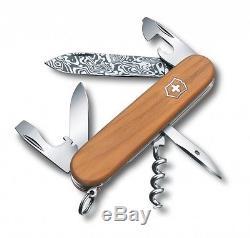 Victorinox Spartan Damascus Limited Edition Swiss Army Folding Knife 1.3601. J14