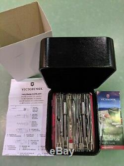 Victorinox Swiss Army Knife Swisschamp 1.6795. XAVT NEW