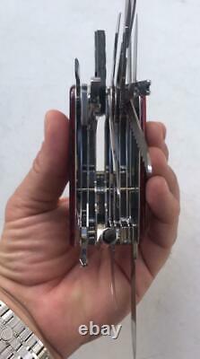 Victorinox Swiss Army Knife Swisschamp Xlt Ruby Red New In Box #000m2
