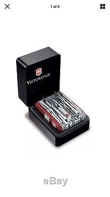 Victorinox Swiss Army knife Swiss-champ Xavt Multi tool with leather sheath