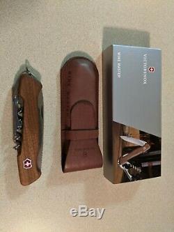 Victorinox Wine Master Corkscrew Swiss Army Knife New In Open Box